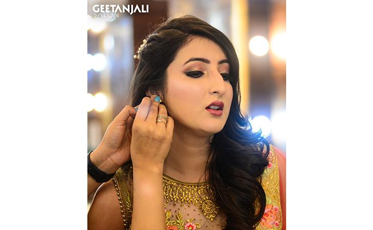 Geetanjali Salon - Vaishali, Ghaziabad